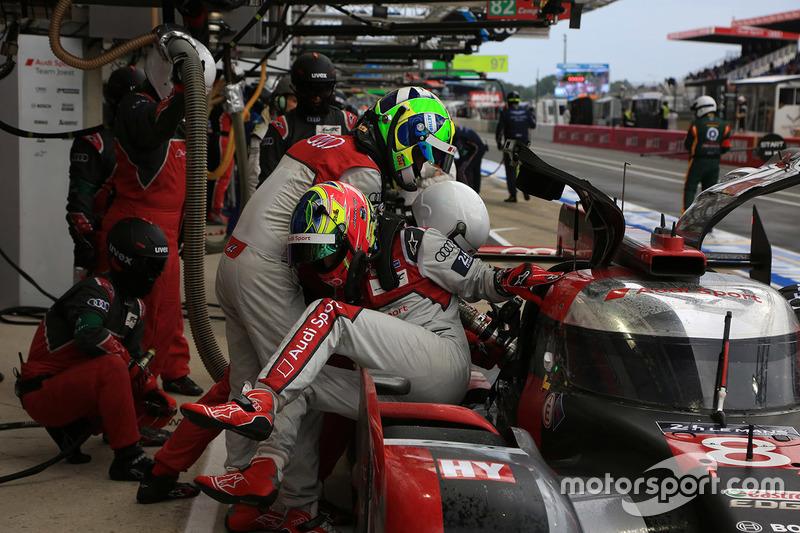 Лукас ди Грасси, Оливер Джарвис, #8 Audi Sport Team Joest Audi R18 e-tron quattro