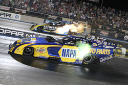 Matt Hagan, Ron Capps