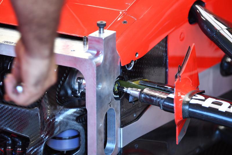Ferrari SF71H front suspension detail