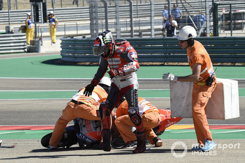 Jorge Lorenzo, Ducati Team chute au départ