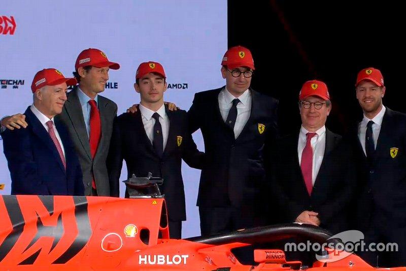 Гонщики Ferrari Шарль Леклер и Себастьян Феттель