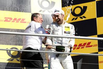 Podium: Kampioen Gary Paffett, Mercedes-AMG Team HWA, Ullrich Fritz, Teambaas Mercedes-AMG HWA