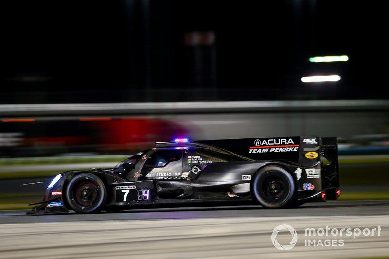 #7 Helio Castroneves, Ricky Taylor, Alexander Rossi; Acura Team Penske, Acura DPi (DPi)