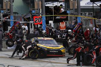 Christopher Bell, Joe Gibbs Racing, Toyota Camry GameStop Transformers, pit stop