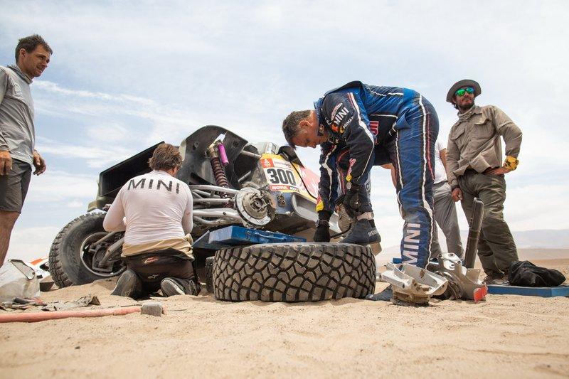 #300 X-Raid Mini JCW Team: Карлос Сайнс, Лукас Крус