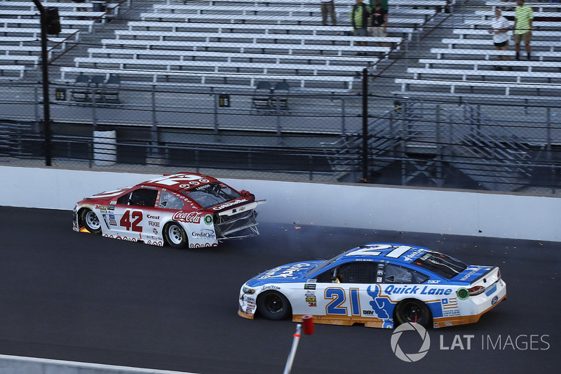 Kyle Larson, Chip Ganassi Racing Chevrolet choque