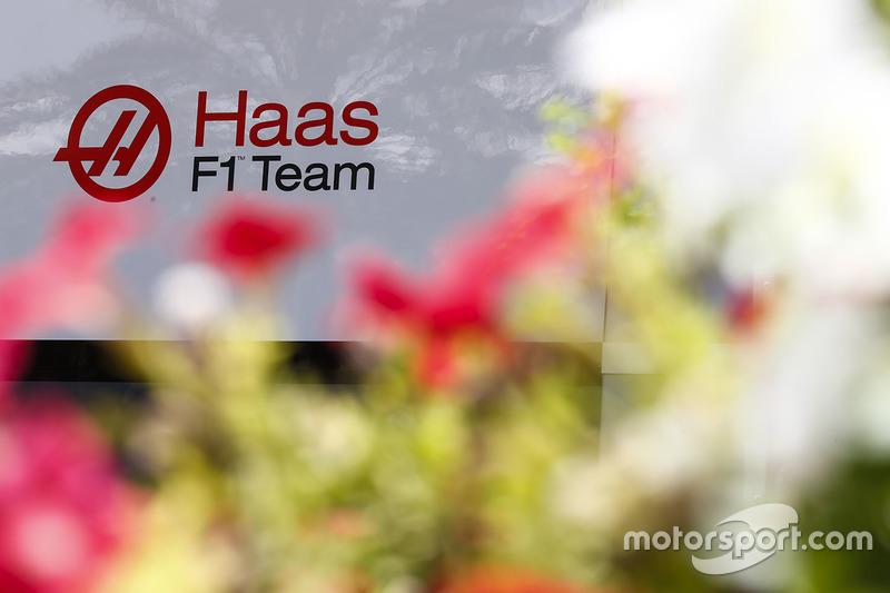 Лого Haas F1 Team