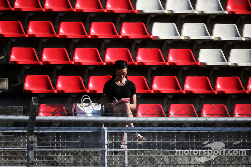 Un fan en la tribuna