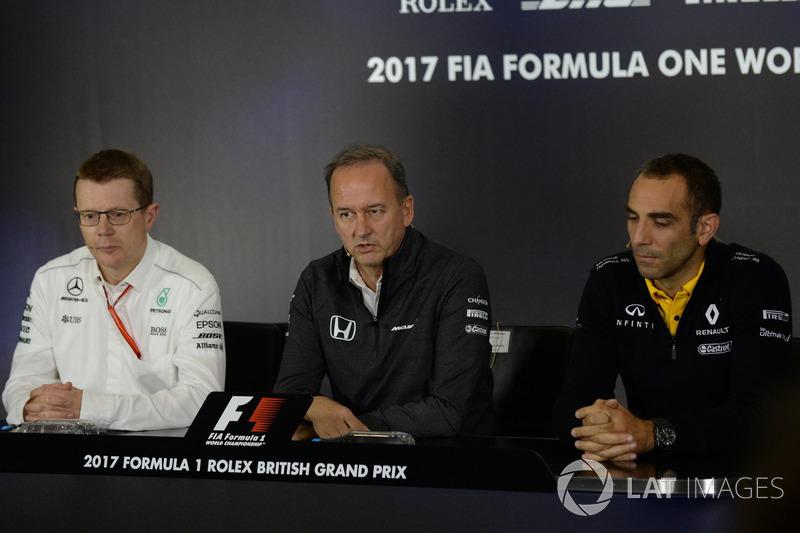 Andy Cowell, Mercedes-Motorenchef, Jonathan Neale, McLaren-Geschäftsführer, Cyril Abiteboul, Renault-Geschäftsführer