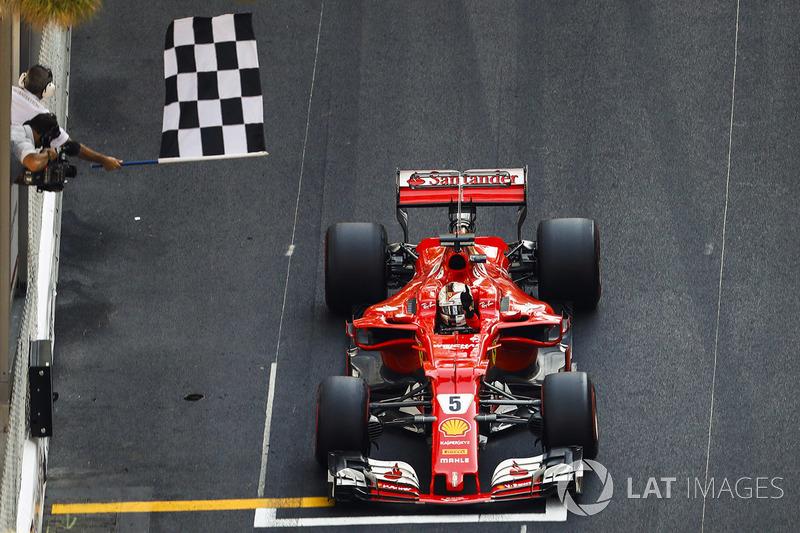 F1 Reporte de la carrera Vettel rompe el maleficio de Ferrari con Mónaco 16 años después