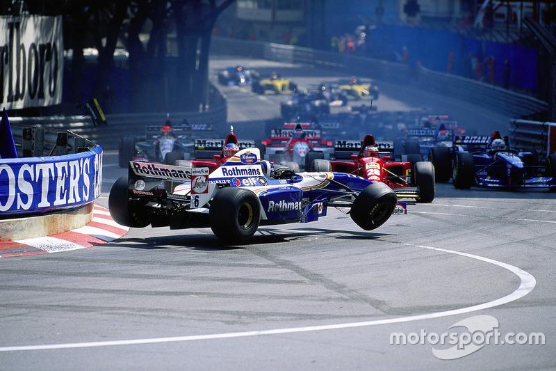 Crash bij de start van de Monaco Grand Prix 1995: David Coulthard, Williams-Renault