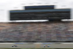 Jimmie Johnson, Hendrick Motorsports Chevrolet, Kasey Kahne, Hendrick Motorsports Chevrolet