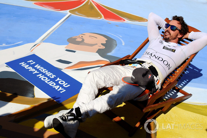 Gran Premio de Hungría - caricatura de Fernando Alonso, un descanso en la playa
