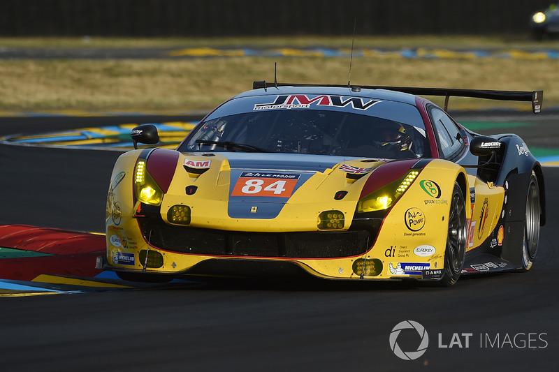 #84 JMW Motorsport Ferrari 488 GTE: Robert Smith, Will Stevens, Dries Vanthoor