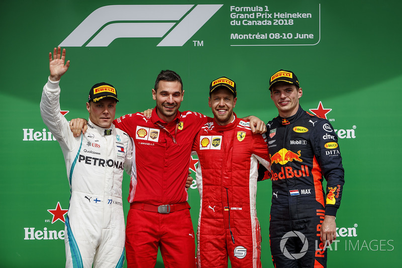 Valtteri Bottas, Mercedes AMG F1, 2nd position, Nicola Bariselli, Race Engineer, Ferrari, Sebastian