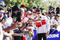 Charles Leclerc, Sauber, rencontre des fans
