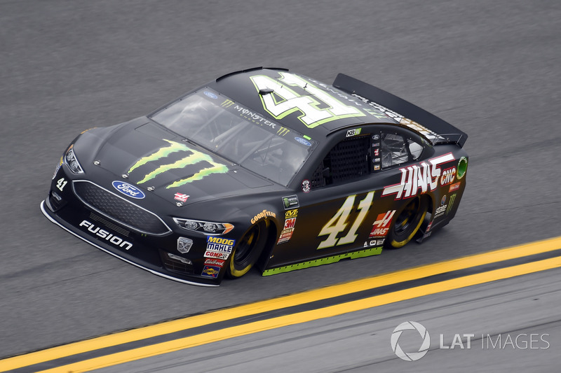 23. Kurt Busch, Stewart-Haas Racing, Ford Fusion Monster Energy / Haas Automation