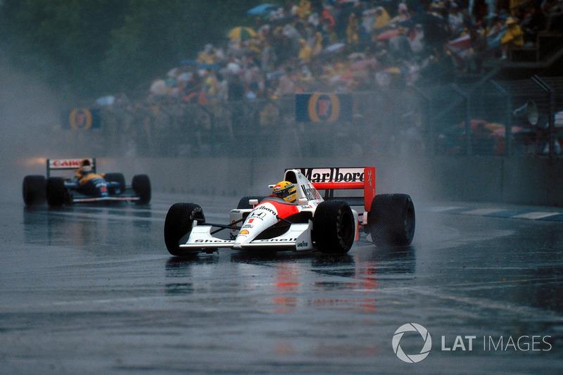 O Brasil tem três vitórias na Austrália. Uma com Nelson Piquet (1990) e duas com Ayrton Senna. Em 1991, a corrida vencida pelo recém-coroado tricampeão entrou para história como a mais curta da F1. O GP foi encerrado com 14 voltas após uma chuva torrencial