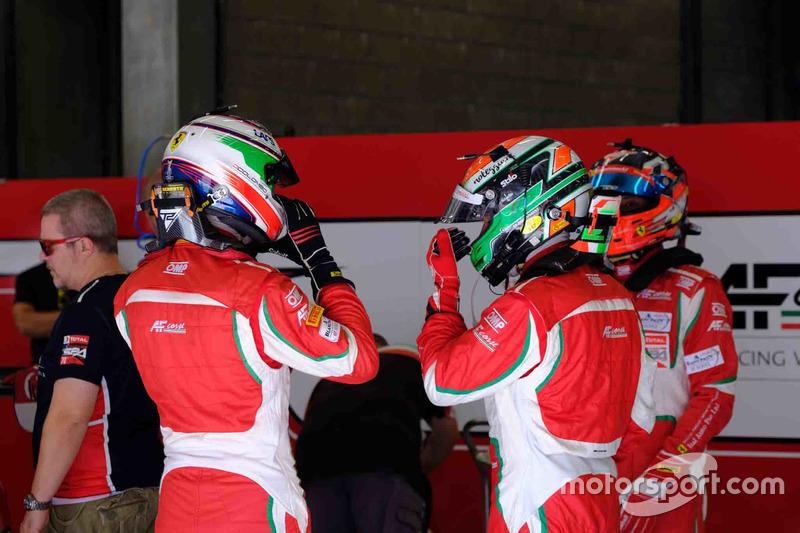 #75 T2 Motorsport Ferrari 488 GT3: Gregory Teo, David Tjiptobiantoro, Christian Colombo, Matteo Cressoni