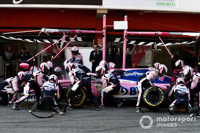 Sergio Perez, Racing Point F1 Team RP19 pit stop