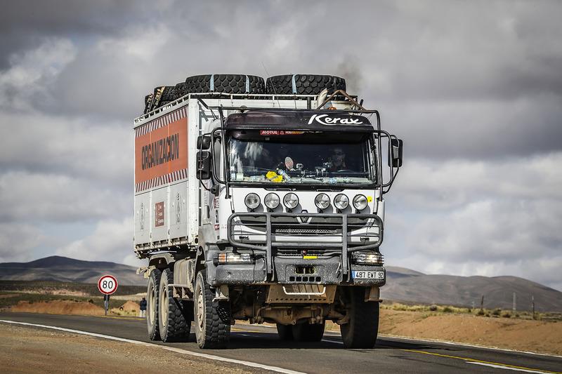 Вантажівка організаторів