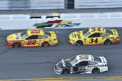Joey Logano, Team Penske Ford Fusion, Michael McDowell, Front Row Motorsports Ford Fusion, Aric Almirola, Stewart-Haas Racing Ford Fusion