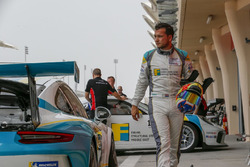 تشارلي فرينز، جولة البحرين في تحدي كأس بورشه جي تي 3 الشرق الأوسط