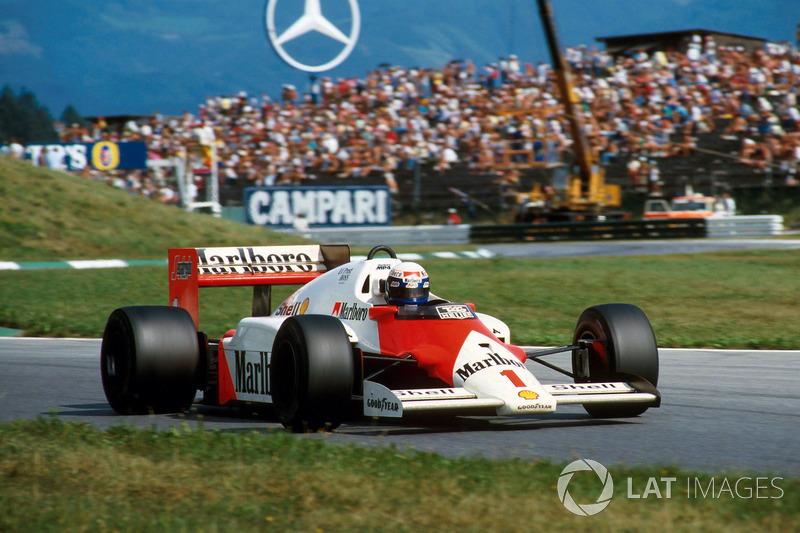 Борьба за титул чемпиона в сезоне-1986 шла до самой последней гонки, и в драматичной концовке на улицах Аделаиды Прост и McLaren смогли-таки перехитрить соперников из Williams