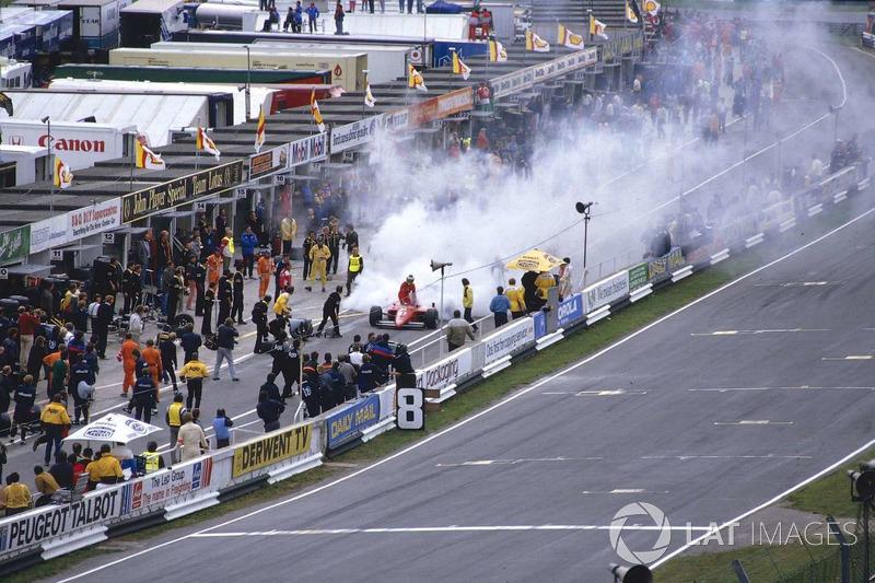Michele Alboreto, Ferrari 156/85 turbo yangını ile yarış dışı