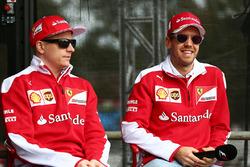 Kimi Raikkonen, Ferrari y Sebastian Vettel Ferrari