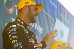 Podium: winner Shane van Gisbergen, Triple Eight Race Engineering Holden