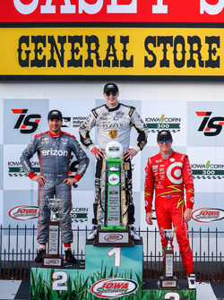 Podium: 1. Josef Newgarden, Ed Carpenter Racing, Chevrolet; 2. Will Power, Team Penske, Chevrolet; 3. Scott Dixon, Chip Ganassi Racing, Chevrolet