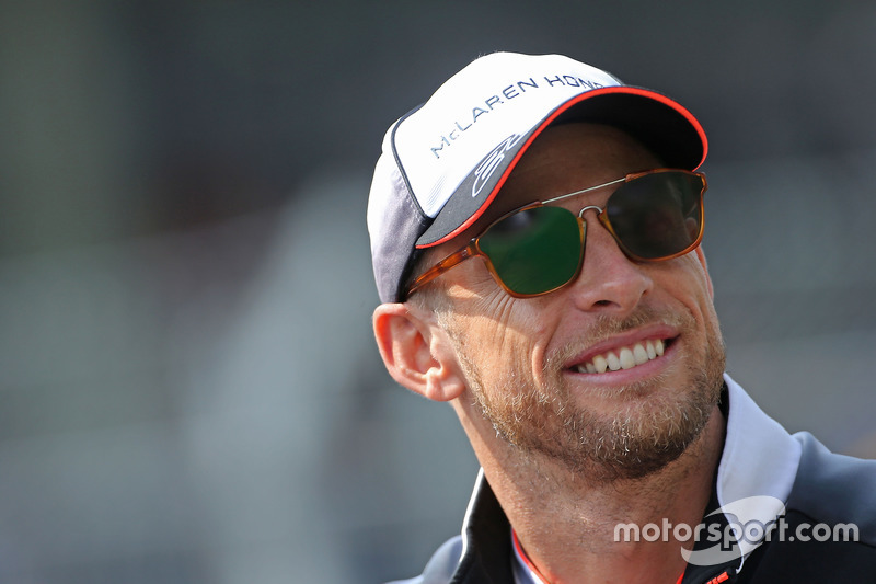 12. Jenson Button, McLaren F1
