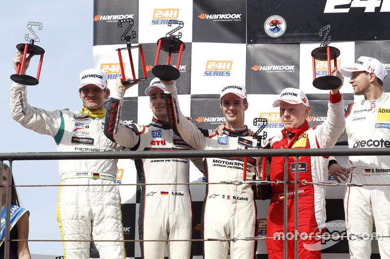 Podio: segundo lugar #12 Manthey Racing Porsche 991 GT3 R: Otto Klohs, Sven Müller, Matteo Cairoli, Jochen Krumbach