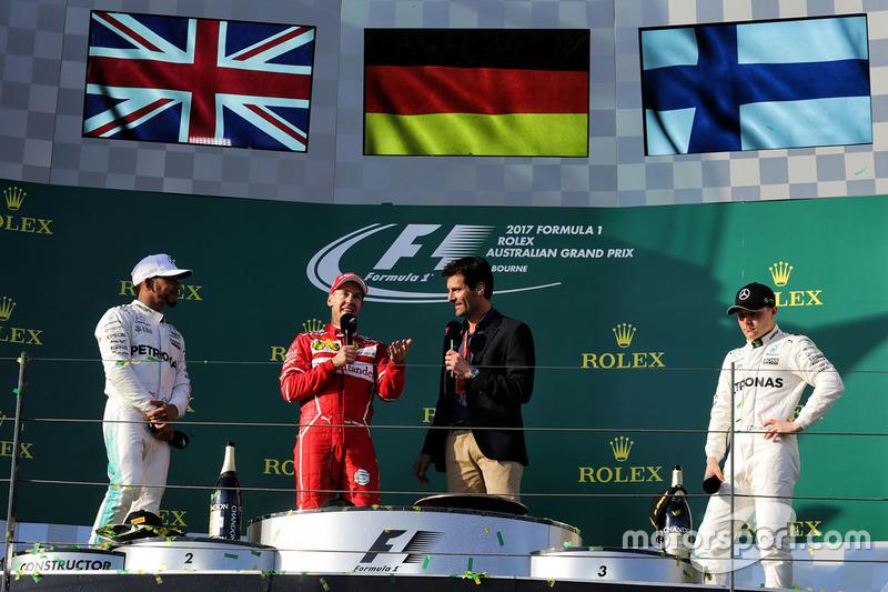 Sebastian Vettel, Ferrari, Lewis Hamilton, Mercedes AMG F1; Valtteri Bottas, Mercedes AMG F1; Mark Webber