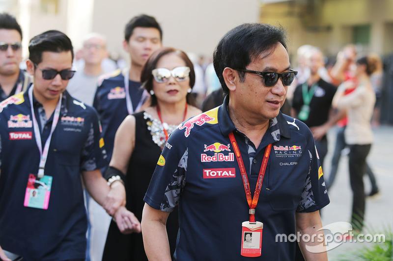 Chalerm Yoovidhya, co propietario de Red Bull Racing