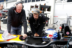 Harrison Newey, Van Amersfoort Racing Dallara F317 - Mercedes-Benz with his father Adrian Newey