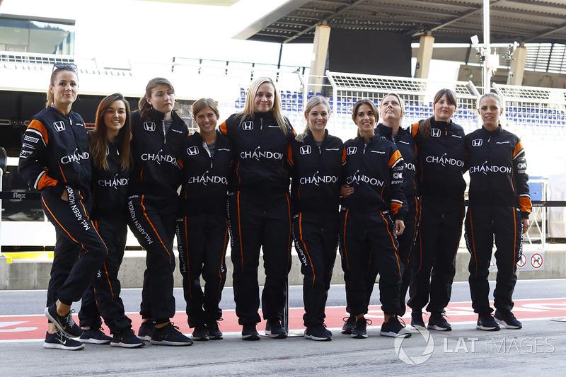 Женский пит-стоп: McLaren