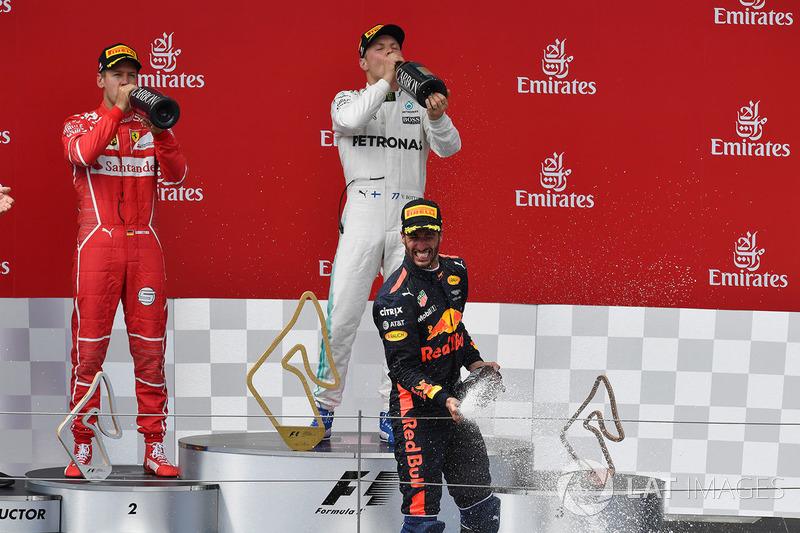 Podyum: Yarış galibi Valtteri Bottas, Mercedes AMG F1, 2. Sebastian Vettel, Ferrari, 3. Daniel Ricciardo, Red Bull Racing