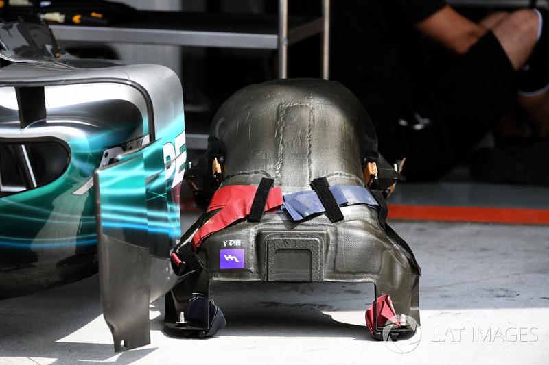Mercedes-Benz F1 W08: Sitz