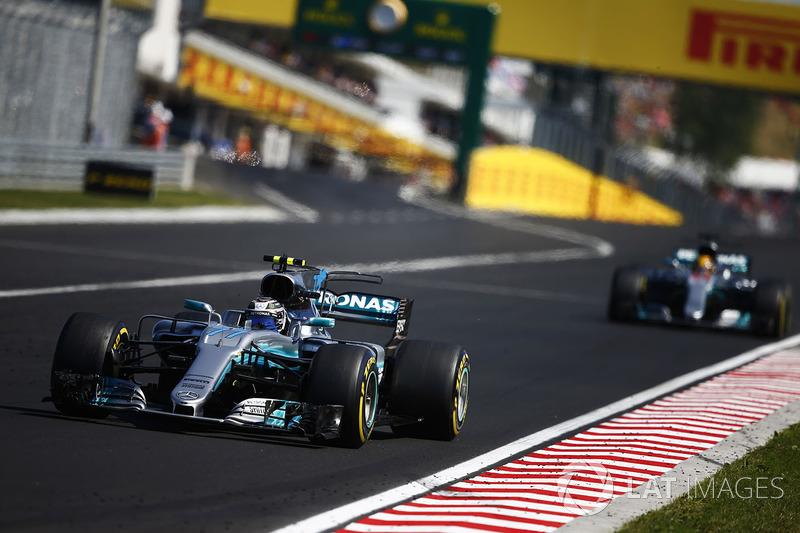 Валттері Боттас, Mercedes AMG F1 W08, Льюіс Хемілтон, Mercedes AMG F1 W08