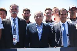 Керівник Ф1 Чейз Кері, президент FIA Жан Тодт, президент ACO П'єрр Фійон