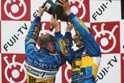 1. Michael Schumacher, Benetton; 3. Johnny Herbert, Benetton