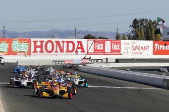 Ryan Hunter-Reay, Andretti Autosport Honda, al comando alla partenza