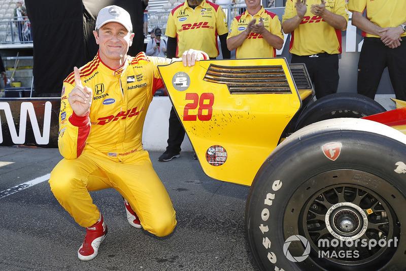 Ganador de la pole Ryan Hunter-Reay, Andretti Autosport Honda
