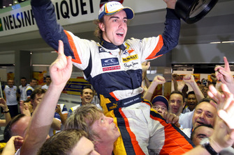 Fernando Alonso, Renault F1 Team festeggia la vittoria