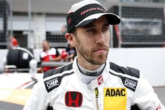 #10 HONDA Team Schubert Motorsport Honda NSX GT3: Esteban Gurrieri