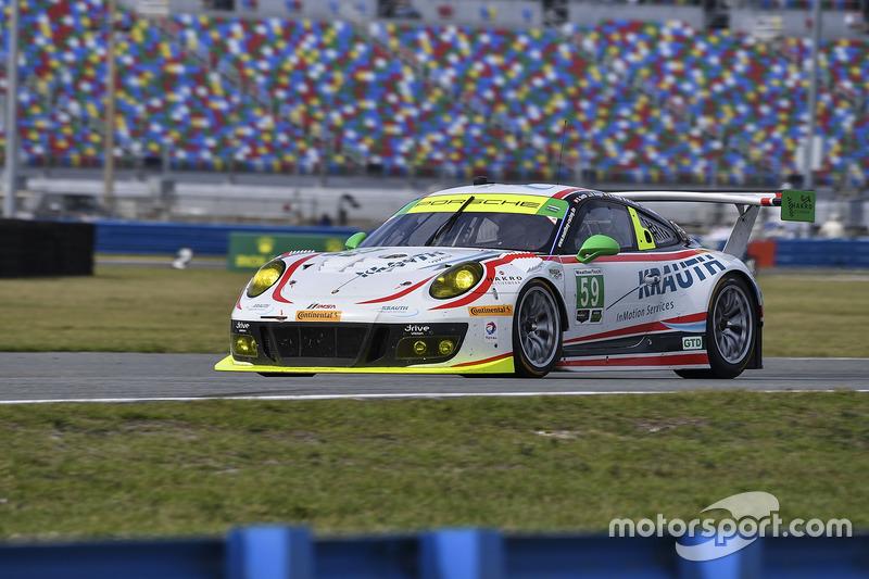#59 Manthey Racing Porsche 911 GT3 R: Sven Muller, Reinhold Renger, Harald Proczyk, Steve Smith