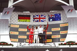 Podium: Race winner Lewis Hamilton, Mercedes AMG, second place Sebastian Vettel, Ferrari, third place Daniel Ricciardo, Red Bull Racing and Andrew Shovlin, Chief Race Engineer, Mercedes AMG
