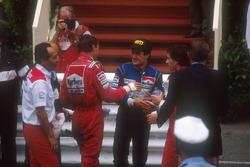 Ganador, Ayrton Senna, McLaren, segundo, Jean Alesi, Tyrrell, tercero, Gerhard Berger, McLaren, Ron Dennis, Mclaren